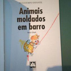 Animais moldados em barro - Vera Ettelt