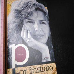Por Instinto - Rita Ferro