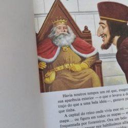 Contos tradicionais de todo o mundo – O rei vai nu -
