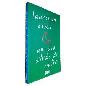 Um dia Atrás do Outro - Laurinda Alves